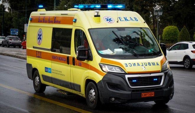Ασθενοφόρο του ΕΚΑΒ, φωτογραφία αρχείου