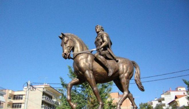 """Γ. Σούρλας: """"Ακόμα περιμένουμε να βρεθεί χώρος στην Αθήνα για το άγαλμα του Μ. Αλεξάνδρου"""""""