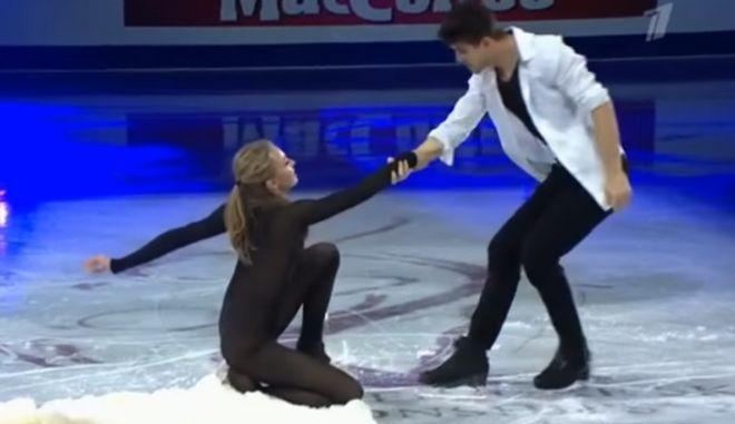 Alexandra Stepanova: Ποια είναι η Ρωσίδα αθλήτρια που δίχασε με το διάφανο κορμάκι της