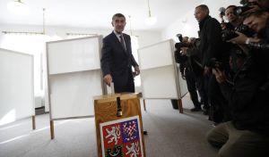 Εκλογές στην Τσεχία: Αβεβαιότητα φέρνει η νίκη του τσέχου Τραμπ