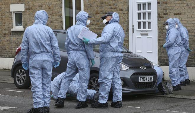 Έρευνες της αστυνομίας στο Λονδίνο