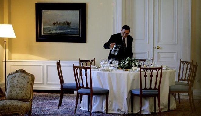 Στιγμιότυπο από το γεύμα που παραθέτει σήμερα ο ΠτΔ Προκόπης Παυλόπουλος στου πολιτικούς αρχηγούς,με αφορμή την 41η επέτειο από την αποκατάσταση τησ Δημοκρατίας,Παρασκευή 24 Ιουλίου 2015 (EUROKINISSI/ΓΙΑΝΝΗΣ ΠΑΝΑΓΟΠΟΥΛΟΣ)