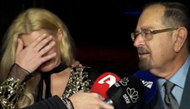 Μαρία Κορινθίου: Ξέσπασε σε κλάματα με τα λόγια του Τάκη Βουγιουκλάκη στην πρεμιέρα της