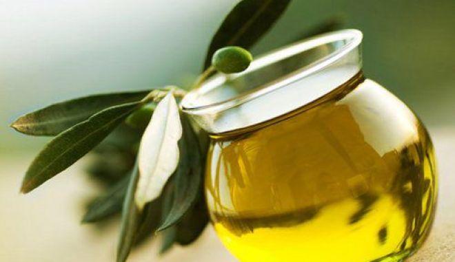 Bloomberg: Λάδι, μέλι κι αυγοτάραχο μπορούν να βγάλουν την Ελλάδα από την ύφεση