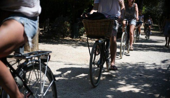 Ποδήλατο - Φωτό αρχείου