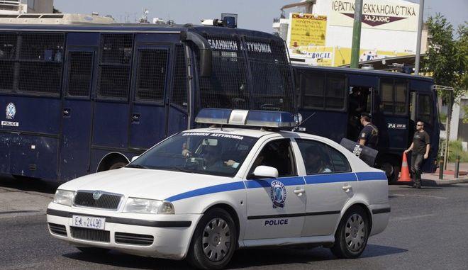 Μέτρα ασφαλείας εν όψει της τελετής ορκωμοσίας του νέου δημοτικού συμβουλίου της Αθήνας που θα γίνει  στο Γκάζι, Παρασκευή 29 Αυγούστου 2014. (EUROKINISSI/ΓΙΩΡΓΟΣ ΚΟΝΤΑΡΙΝΗΣ)