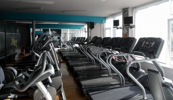 Στιγμιότυπο από γυμναστήριο εν μέσω πανδημίας