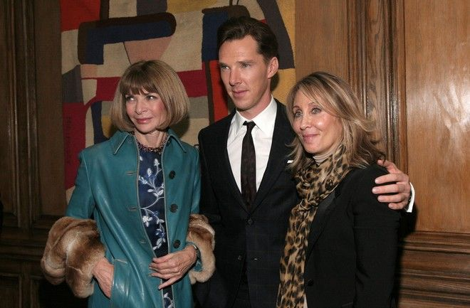 "From left, Conde Nast Artistic Director Anna Wintour, actor Benedict Cumberbatch and DreamWorks Co-Chairman and CEO Stacey Snider attend an after party for a screening of ""The Fifth Estate"" hosted by the the Cinema Society with Vanity Fair & Richard Mille on Friday, Oct. 11, 2013 in New York. (Photo by Andy Kropa/Invision/AP)"