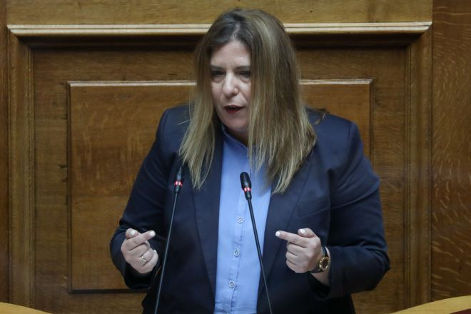ΣΥΡΙΖΑ: Εκθέτει την κυβέρνηση για τις γυναικοκτονίες η Μαρία Συρέγγελα