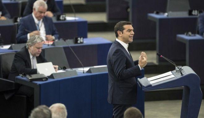 Ο πρωθυπουργός από το βήμα του Ευρωκοινοβουλίου, στο Στρασβούργο