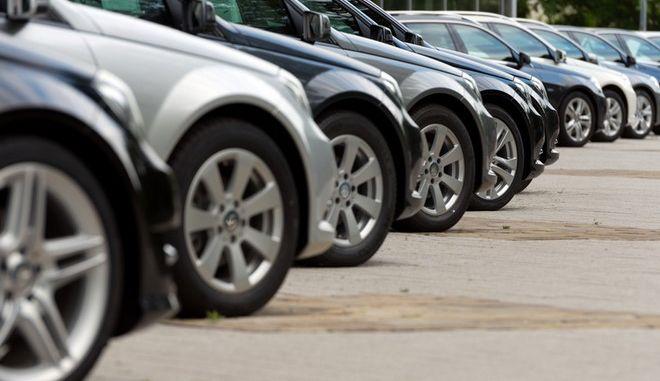 Ποια αυτοκινητοβιομηχανία σημείωσε αύξηση 368% στην Ελλάδα το 2015;