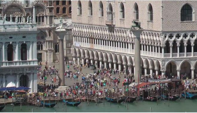 'Κόλπο γκρόσο' στη Βενετία: Έκλεψαν από έκθεση αμύθητους θησαυρούς