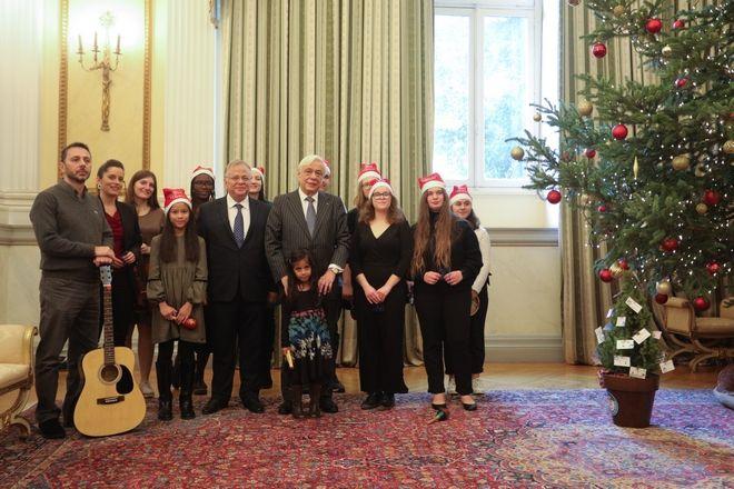 Χριστουγεννιάτικα κάλαντα στον Πρόεδρο της Δημοκρατίας Προκόπης Παυλόπουλος, την Τρίτη 24 Δεκεμβρίου 2019