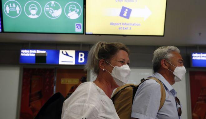 Πάνω από 3 εκατ. τουρίστες θα φέρει στην Ελλάδα η TUI το 2022
