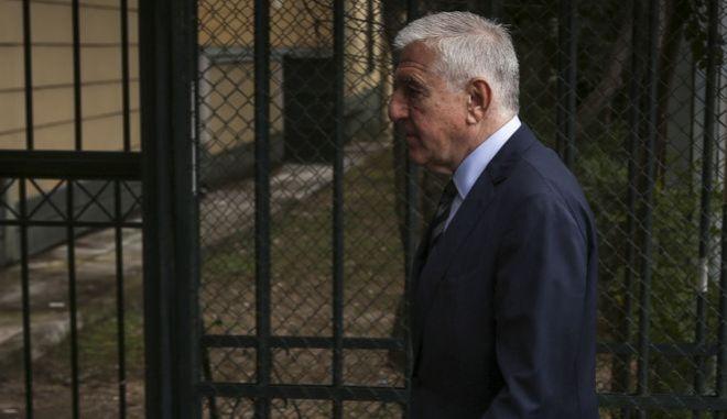 Ο πρώην υπουργός Εθνικής Άμυνας, Γιάννος Παπαντωνίου, στα δικαστήρια της Ευελπίδων