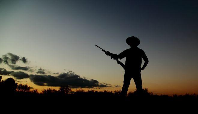 Επιστροφή στην Άγρια Δύση: Δημόσια οπλοφορία στο Τέξας χωρίς άδεια και με τον νόμο