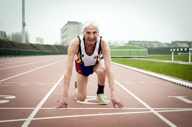Ο γηραιότερος αθλητής του Βελγίου γιόρτασε την ευθανασία του πίνοντας σαμπάνια