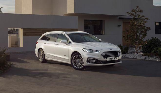 Η Ford μπαίνει δυναμικά στην ηλεκτροκίνηση
