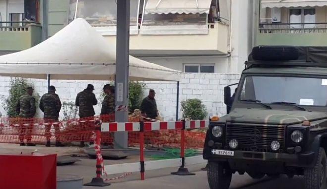 Κορδελιό: Φτιάχνουν ανάχωμα. Οι κυκλοφοριακές ρυθμίσεις για τη βόμβα