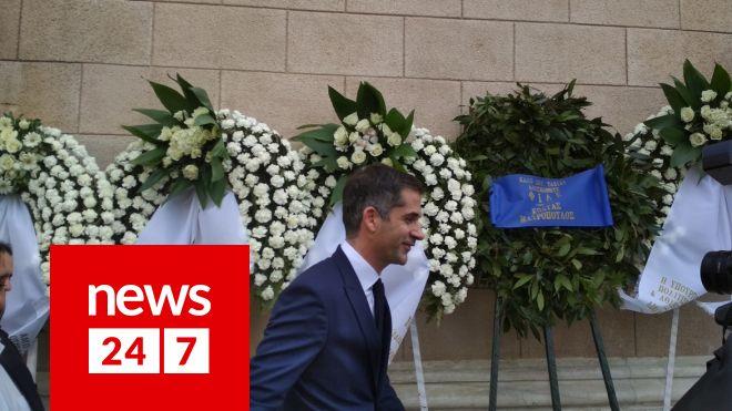 Μπακογιάννης στην κηδεία του ηθοποιού Κώστα Βουτσά στην Αθήνα την Παρασκευή 28 Φεβρουαρίου 2020