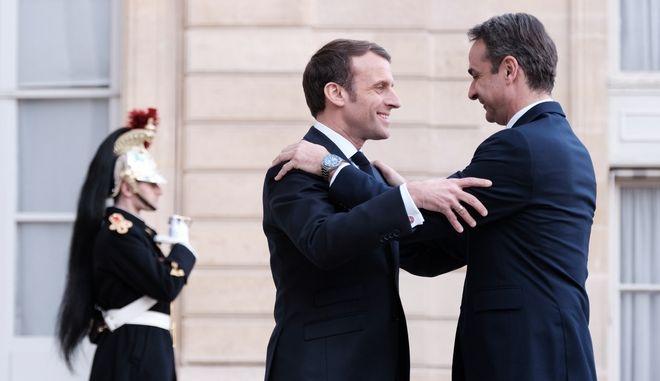 Ο πρωθυπουργός Κυριάκος Μητσοτάκης και ο πρόεδρος της Γαλλίας, Εμμανουέλ Μακρόν
