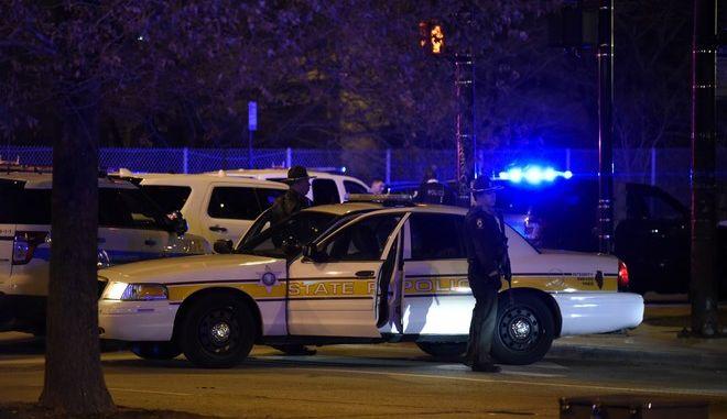 Αστυνομικά κλιμάκια στο Σικάγο