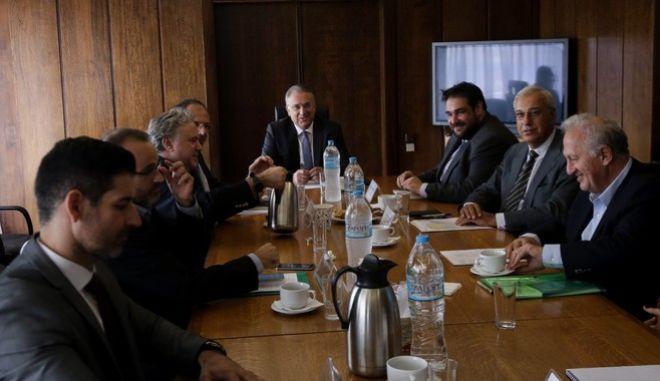 Φωτογραφία αρχείου από τη συνεδρίαση της διακομματικής επιτροπής για την ψήφο των αποδήμων