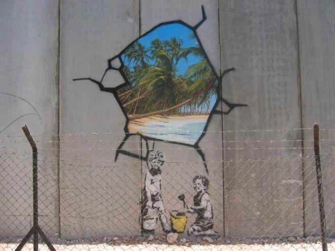 'Πόλεμος, καπιταλισμός, ελευθερία': Μία σπουδαία έκθεση για τον Μπάνκσι