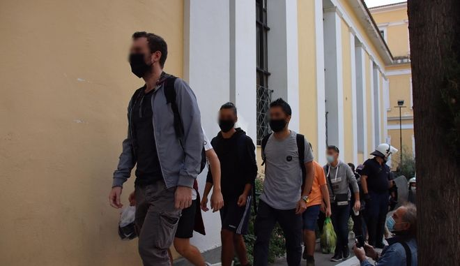 Ελεύθεροι αφέθηκαν οι μαθητές που συνελήφθησαν στα επεισόδια της Πέμπτης