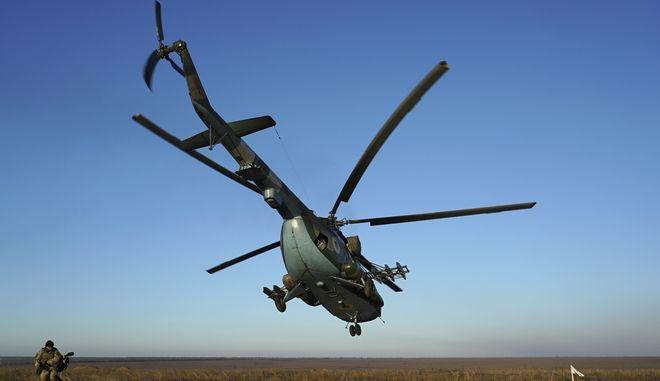 Ουκρανικό ελικόπτερο MI-8 παρόμοιο με αυτό που συνετρίβη