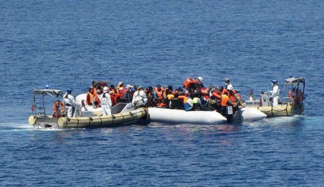 Έξι επιχειρήσεις της ιταλικής ακτοφυλακής για τη διάσωση 752 μεταναστών στη Σικελία