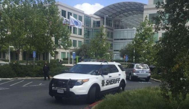 ΗΠΑ: Ο 25χρονος υπάλληλος της Apple αυτοκτόνησε με μία σφαίρα στο κεφάλι