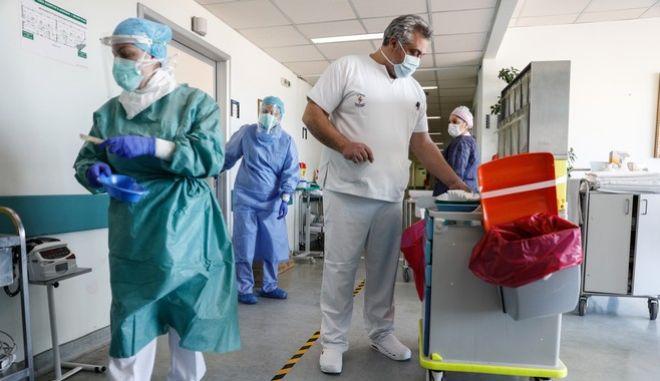 Υγειονομικό προσωπικό (Φωτογραφία Αρχείου)