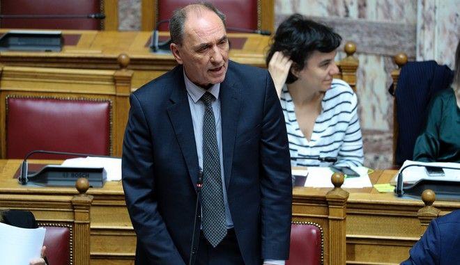 Ο υπουργός Περιβάλλοντος και Ενέργειας Γιώργος Σταθάκης στη Βουλή