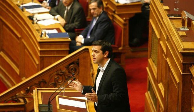 Νέα δημοσκόπηση: Στο 2,4% η διαφορά ΣΥΡΙΖΑ – ΝΔ