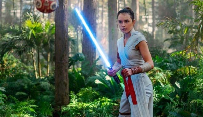 """Οι ταινίες της εβδομάδας: Το φινάλε του """"Star Wars"""" και η ζωή της Ευτυχίας Παπαγιαννοπούλου"""