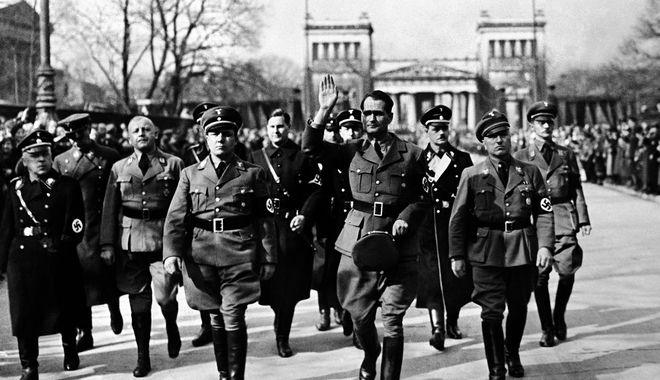 Ήταν ο Ρούντολφ Ες ο κρυφός γκέι έρωτας του Χίτλερ;