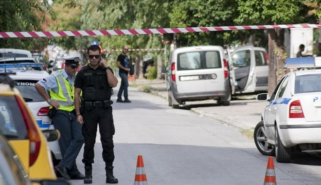 Επιχείρηση της αντιτρομοκρατικής σε πολυκατοικία στο κέντρο του Βόλου, για την σύλληψη του συνεργού του Νίκου Μαζιώτη, Γιώργου Πετρακάκου την Πέμπτη 24 Σεπτεμβρίου 2015. (EUROKINISSI)