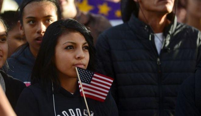 ΗΠΑ: Μικρότερο το ποσοστό των Ισπανόφωνων που θα ψηφίσει στις προεδρικές εκλογές