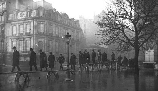 Πώς ήταν το Παρίσι στη μεγάλη πλημμύρα του αιώνα, το 1910