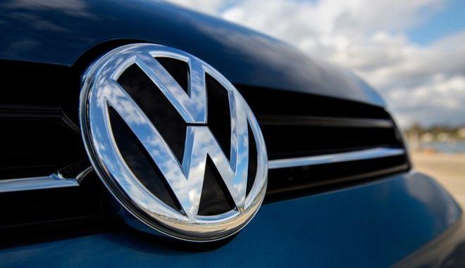 Αποζημιώσεις σε Έλληνες για το σκάνδαλο ρύπων της Volkswagen