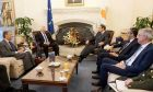 Ο Πρόεδρος της Κυπριακής Δημοκρατίας Νίκος Αναστασιάδης συνομιλεί με τον υπουργό Εθνικής Άμυνας Ευάγγελο Αποστολάκη κατά τη διάρκεια της συνάντησής τους, την Τετάρτη 8 Μαΐου 2019, στη Λευκωσία.