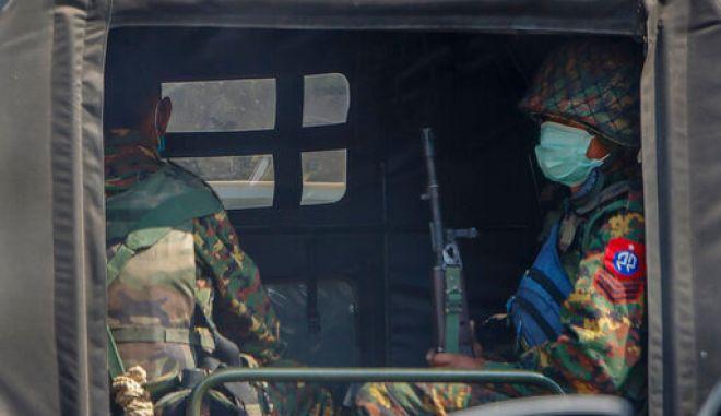 Στρατιωτικό πραξικόπημα στη Μιανμάρ