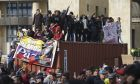Διαδηλώσεις κατά της κυβέρνησης στην Μπογκοτά.