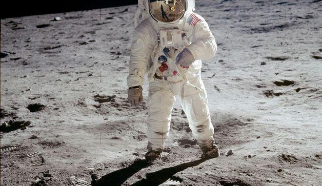 Ο  Neil Armstrong στη σελήνη