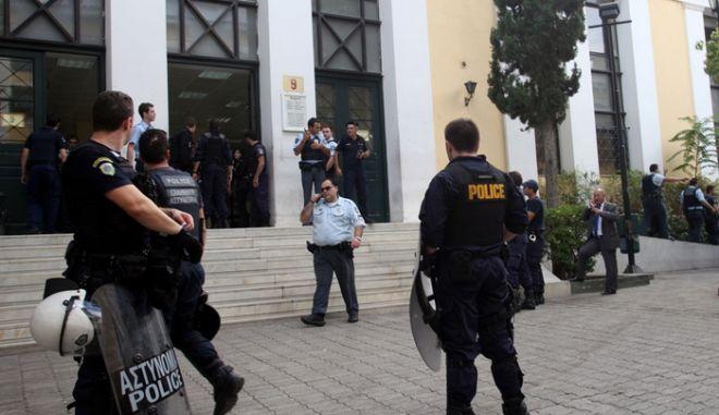 Μαρτυρικές καταθέσεις οδήγησαν στο Λιακουνάκο