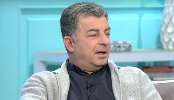 Ο δημοσιογράφος Γιώργος Καραϊβάζ