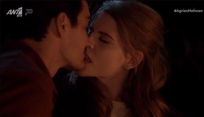 Το φιλί Δρόσως - Κωνσταντή