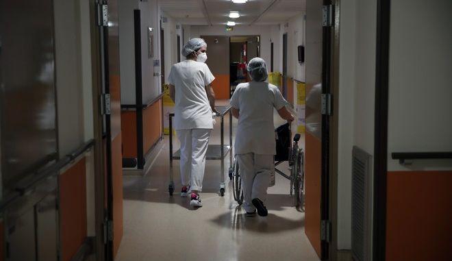 Εσωτερικό νοσοκομείου της Γαλλίας