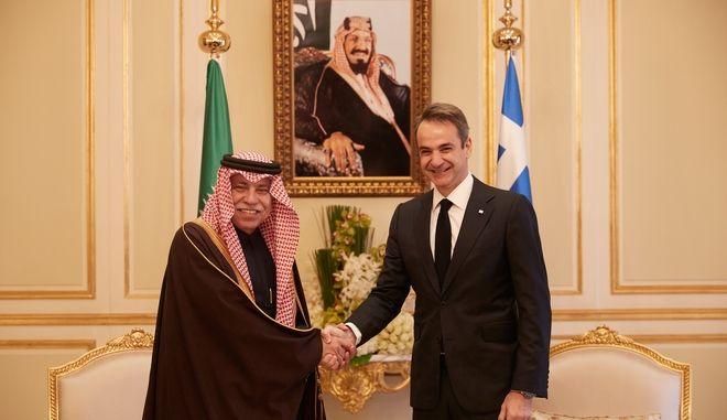 Συνάντηση του Πρωθυπουργού Κυριάκου Μητσοτάκη με τον υπουργό Εμπορίου και Επενδύσεων της Σαουδικής Αραβίας Dr Majid bin Abdullah Al Qasabi.